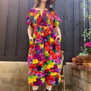 Vintage Colorful Floral Midi Moomoo S-L